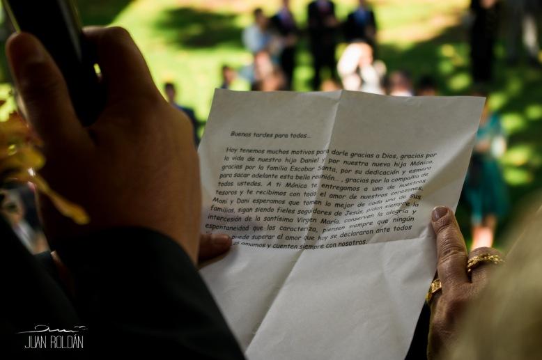 JUAN ROLDAN FOTOGRAFO DE BODAS MATRIMONIO EN CUNDINAMARCA MOSQUERA FUNZA LA CALERA ALBUN DE BODAS-81
